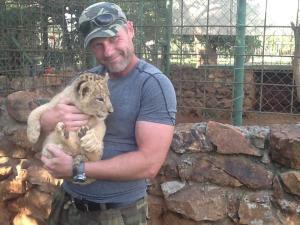 m ja leijona